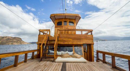Sailing in Komodo Cruises Labuan Bajo with Kids