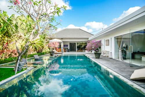 Canggu villas with a private pool - villabalisale