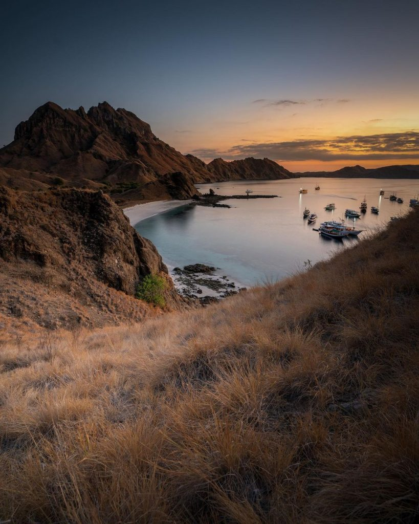 Start the Day of Your Romantic Komodo Trip Sunrise at Padar Island